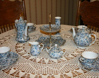 Vintage Victorian Lefton China Hand Painted Blue Paisley Tea Pot & Coffee/Chocolate Pot Set 17 pc 50's VERY HARD to FIND!!!