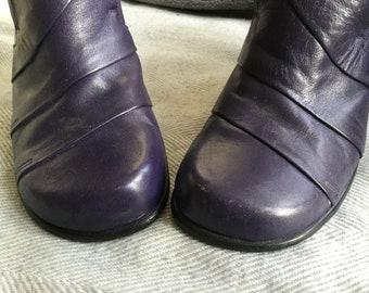 Twisted purple vintage shoes UK size 6.5/7  - twisted heels byShelly's of London