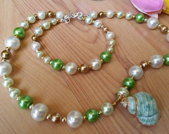 Summer Shell Fun Necklace and Bracelet Set