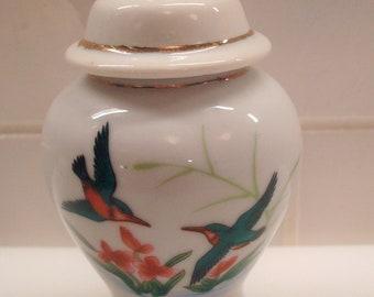 Vintage Miniature Hummingbird Motif Ginger Jar w/ Lid - Excellent Condition!!
