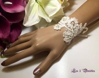 Ivory lace wedding bracelet * anais * *.
