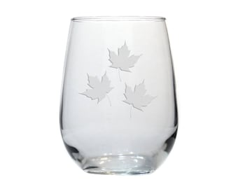 Maple Leaves Stemless Wine Glass / Free Personalization / Maple Leaf 17 oz Wine Glass / Personalized Gift / Personalized Glass