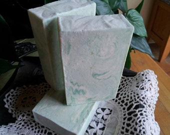Goat Milk Soap Peppermint Supreme Essential Oil Cream  Raw Goat Milk, Cocoa Butter, & Shea Butter for that spa like silky soft feeling skin.