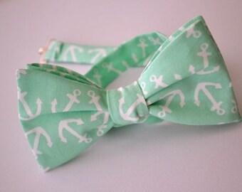 Self Tie Bow Tie, Mens Mint Bow Tie with Anchors, Mens Bow Tie, Bow Ties for Men, Wedding Bow Tie, Groomsmen Bow Tie, Nautical Wedding