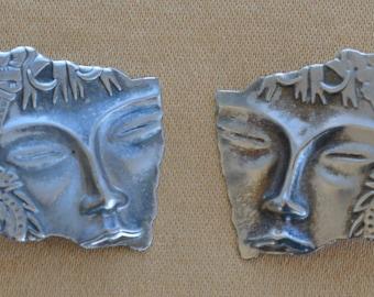 Pretty Vintage Asian Woman Pierced Earrings, Silver tone (T13)