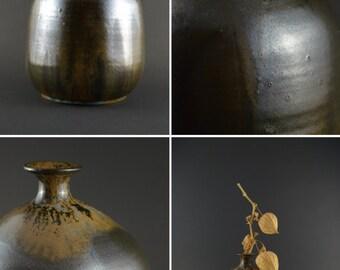 Vintage Artist Pottery Vase, Studio Ceramics Bud Vase, Dark Glaze Pottery, Artist Signed Tuula Pottery, Handmade German Art Pottery Vase