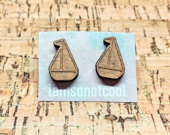 Sailboat Earrings - Boat Wood Stud Earrings / Laser-Cut Wood Earrings / Nautical Earrings / Hypoallergenic / Boat Earrings / Sailing sailor