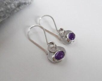 Sterling Silver Oval Dangle Earrings   Amethyst Earrings   Oval Earrings   Minimal Earrings   Silver Drop Earrings   Handmade Jewellery