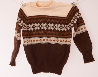 Boys jumper, childs sweater, thin pullover, dark brown and white with light brown pattern, small,  chest measured flat 50 cm 20in