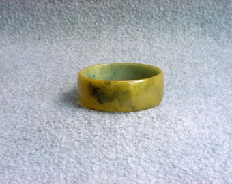 "Bakelite Bangle Bracelet Chunky Catalin Cuff Split Pea Green With Blue Moon Marbled Swirl 1"" Vintage Art Deco Costume Jewelry"
