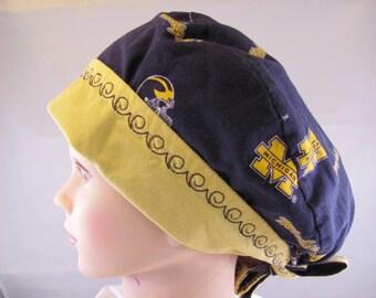 Women's Pixie Scrub Hat U of M Yellow Cuff
