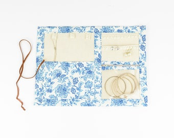Small Jewelry Case - Antique Blue Floral