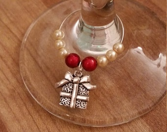 Pack of 2 : Christmas present wine / champagne charms
