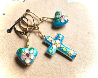 Removable Stitch Markers - Closable - Set of Three (3) - Blue Cloisonne Cross and Hearts - L61