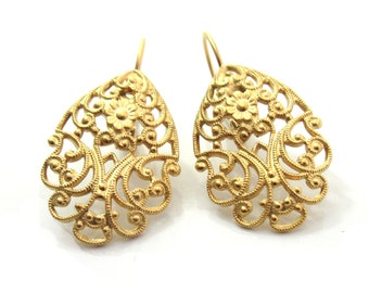 Gold Filigree Earrings , Evening Earrings , Bridal Earrings , Lace Earrings , Filigree Earrings , Gold Earrings , Bridesmaid Earrings