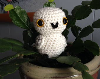 Mini Snowy Owl Amigurumi - MADE to ORDER - Book Lovers, Snowy Owl