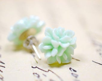Mint Blossom Earrings, Soft Green Floral Studs Retro Jewelry, Cottage Chic Vintage Style Jewelry, Ear Bob Flowers