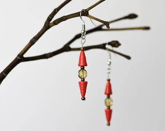 Upcycling paper Earrings/Earrings» Up-down Red «