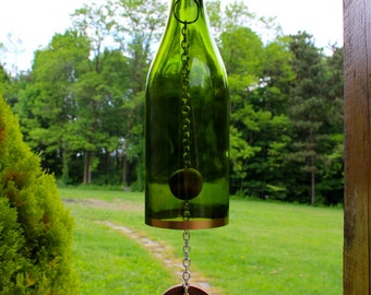 Wine Bottle Wind Chime - Wine Gift, Gift for Her, Wine Decor, Wine Chime, Garden Decor, Wine Bottle Decor, Summer Decor, Fathers Day Gift