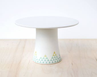 "9"" porcelain cake stand : SALE"