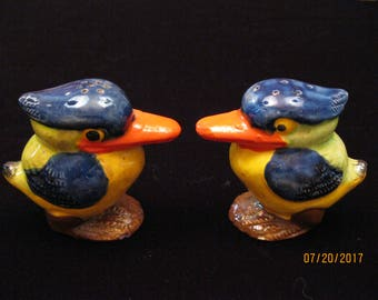 Vintage Japanese Figural Bird Salt and Pepper Shakers