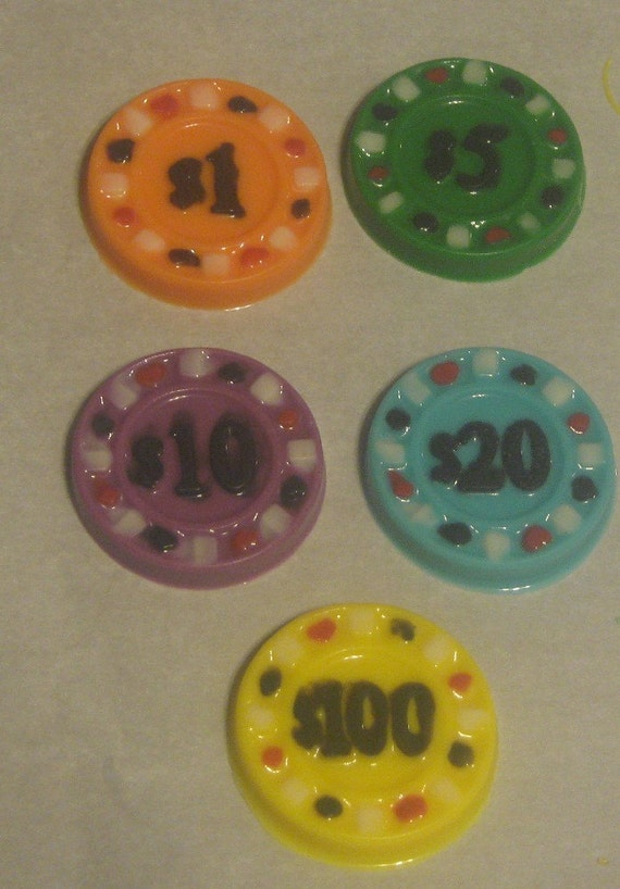 10 Chocolate poker casino chips party favors cupcake toppers sandwich cookie toppers