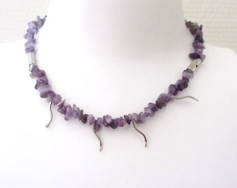 Ethnic, feminine necklace made of natural pearls