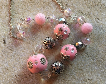 Pink Beaded Statement Necklace, Glass Beaded Necklace, Beaded  Necklace,  Beaded Jewelry, Pink Necklace, Pink Glass