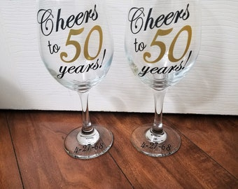 Anniversary Wine Glasses, Anniversary Gift, Vow Renewal Gift, Wedding Anniversary Wine Glasses, Cheers to 50 Years, Vow Renewal Gift