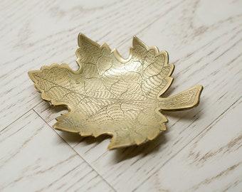 Brass Leaf Dish - Trinket Bowl - Soap Dish - Key Holder