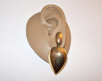 Monet Spearhead Dangle Clip On Earrings Gold Tone Vintage Oval Top Bead Long Domed Polished Drops