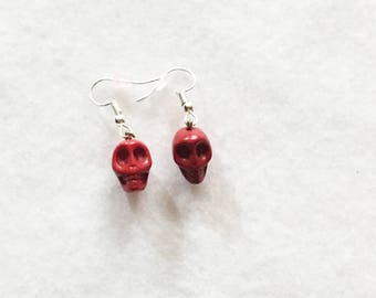 Beaded Jewelry, Beaded Earrings, Halloween Earrings, Skull Jewelry, Skull Earrings, Holiday Jewelry, Dangle Earrings, Statement Jewelry