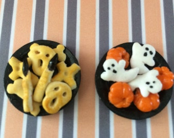 Dolls House Miniature Plate of Halloween Biscuits - handmade