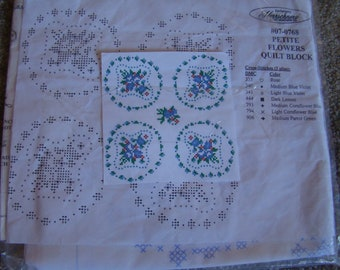 6 new- in package quilt blocks(herrschner's) petite flowers quilt blocks