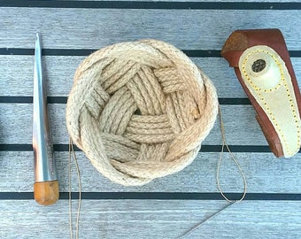"""Rope Ring Bowl, Jewellery Basket, Nautical Catchall, Natural Jute Celtic Knot, Rustic, Wedding Ring Holder, Sewing Basket,. 5"""" dia. Handsewn"""