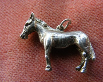 F) Vintage Sterling Silver Charm  Horse