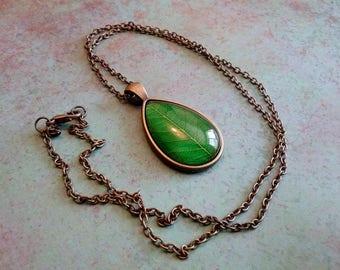 Green Leaf Pendant, Nature Necklace, Green leaf image necklace, Nature Pendant, Earth Pendant, nature leaf jewelry, green nature jewelry