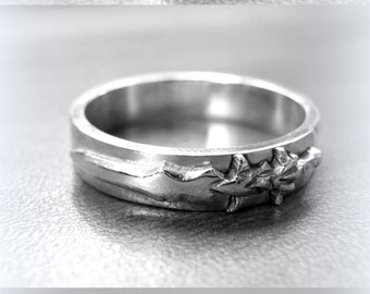 Silver World of Warcraft ring