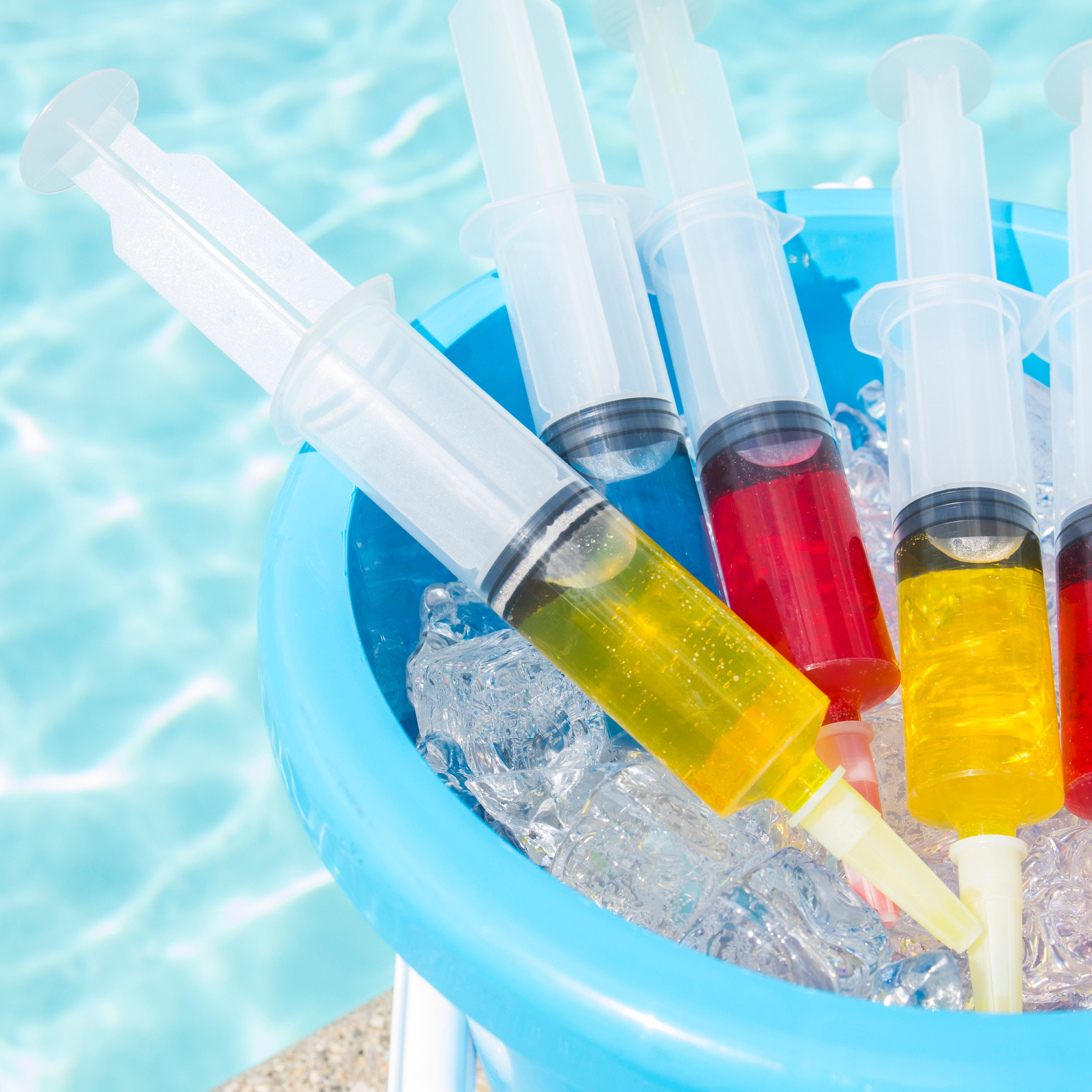 Jello Shot Syringes And Plastic Party Cups With Lids
