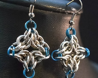 Chainmaille earrings , Blue and silver , Chainmaille Jewelry , Star earrings , Christmas gift, Holiday Jewelry