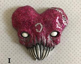 Love Bites Heart Skull ---wall art--brooch--magent---
