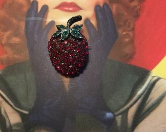 Vintage Juicy Red Rhinestones Strawberry Pin in Black Setting
