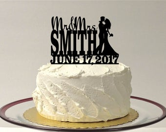 MADE In USA, Personalized Wedding Cake Topper, Bride and Groom Silhouette, Mr and Mrs Wedding Cake Topper, Wedding Cake Decoration