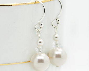 Pearl Bridal Jewelry For Beach Wedding, Pearl Dangle Earrings for Bridesmaid, Simple Jewelry For Bride's Wedding, Pearl Earrings Gift