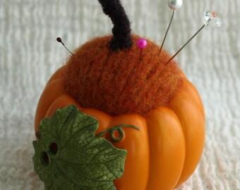 Pincushion - Pumpkin Pincushion