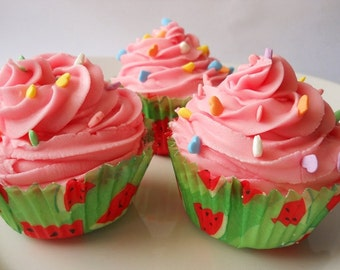 Watermelon Taffy Fizzing Bath Cupcake