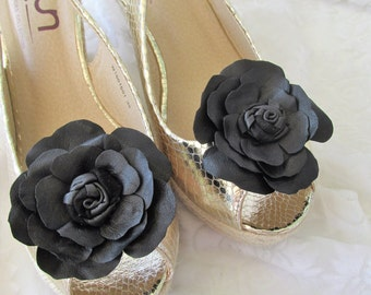 Pair black leather flower shoe clips, leather shoe ornaments, pair of black shoe flowers, clip on flowers, other colours to order Ruby62 UK