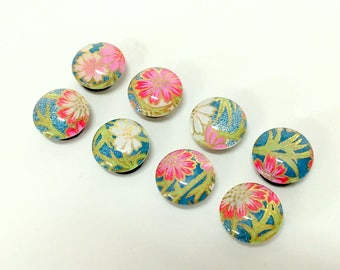 Fuschia Daisy - Set of 4 or 8 - magnets or push pins- most popular Japanese floral design- colorful - pretty- fun