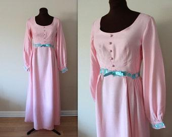 1970's Maxi Dress / Flower Child / Empire Waist Dress (s-m)