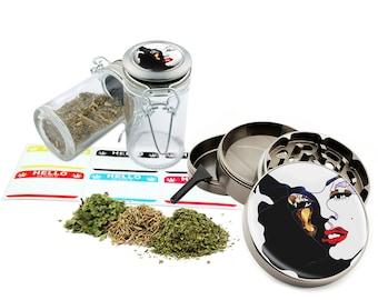 "Marilyn Monroe - 2.5"" Zinc Alloy Grinder & 75ml Locking Top Glass Jar Combo Gift Set Item # 50G012516-27"